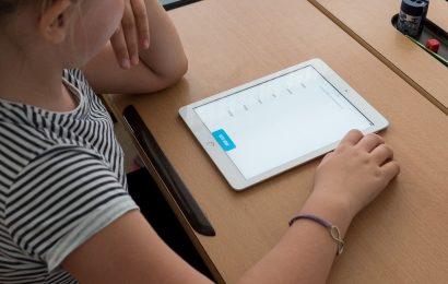 Scuole: tablet per formazione a distanza